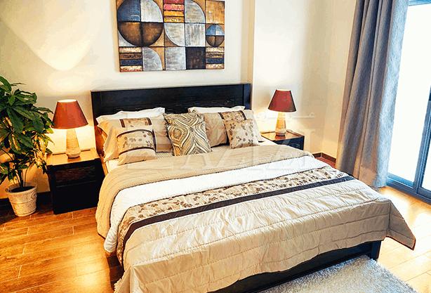 غرفتي نوم في شقة (مطلة على الشارع العام) بمساحة 140 م2، في ليترس من عزيزي للتطوير العقاري